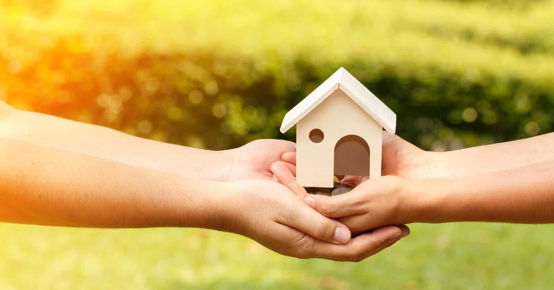 Haus verschenken und Kosten sparen: So geht es